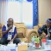Cicipi Buah Pinang, Ridwan Kamil Ungkap Simbol Persaudaraan Masyarakat Papua
