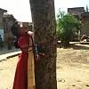 Gadis India Mendapat Hukuman Diikat Di Pohon Dan Disiksa Karena Kabur Dengan Pria Beda Agama