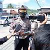 Polda Papua Barat Ajak Warga Manokwari Pake Masker Cegah Covid-19