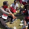 Melalui Binmas Noken Polri, Donatur Asal Babel Sumbangkan Sepatu Sekolah untuk Siswa di Papua