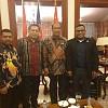 Filep Wamafma Jumpa Anak Asli Papua yang Bertugas di Kedubes China