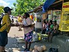 FJPI Manokwari Berbagi Kasih Bersama Mama Papua di Pasar Sanggeng